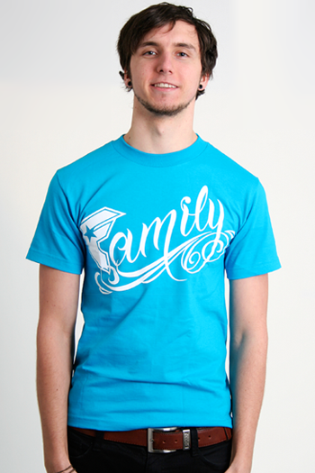 http://media.impericon.com/media/catalog/product/l/g/lg_famous_family_turquoise_2.png