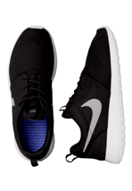 Nike - Rosherun Black/Medium Grey/Gamma Grey/Hyper Blue - Shoes