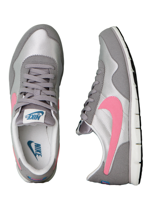 Nike - Victoria NM Light Brown/Plrzd Pink/Medium Grey - Girl Shoes