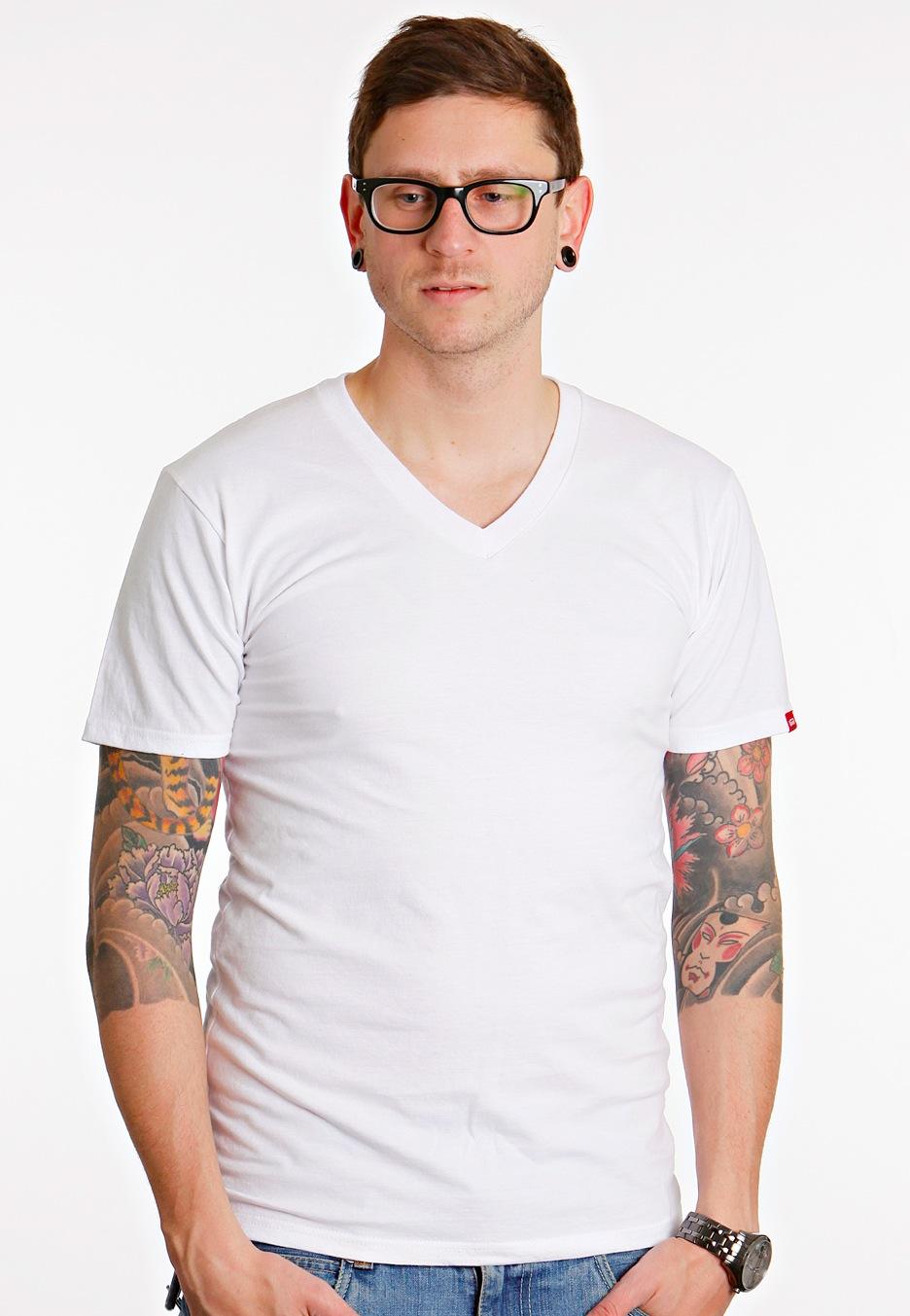 Vans basic white v neck t shirt worldwide for Best white v neck t shirt
